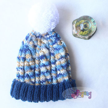 14.10.B: blue cabled baby hat