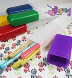 Knitting Needle Case: Plastic material